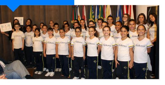 Coral Rio Branco é homenageado em solenidade do Dia do Rotary