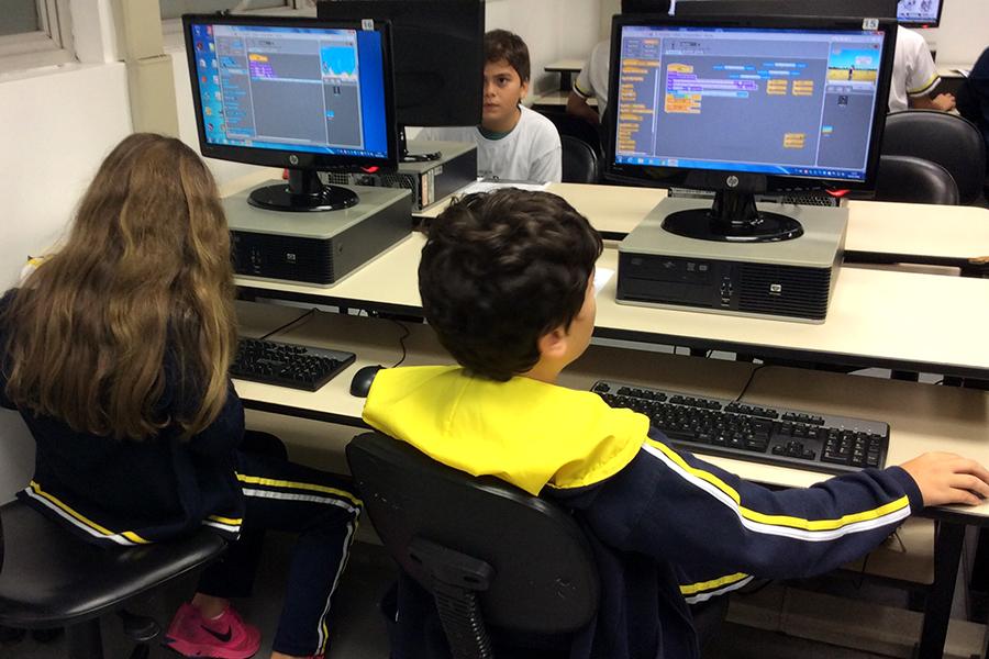 Game Factory: atividade ensina linguagem de programação e estimula múltiplas habilidades
