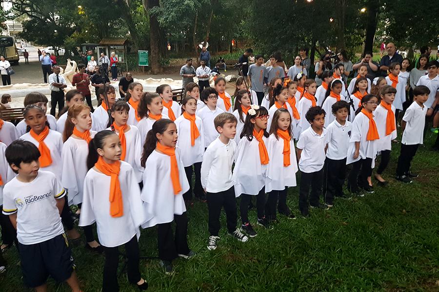O Rio Branco participou do I Piquenique Cultural da Associação de Amigos do Parque Buenos Aires, com a participação especial do Coral.