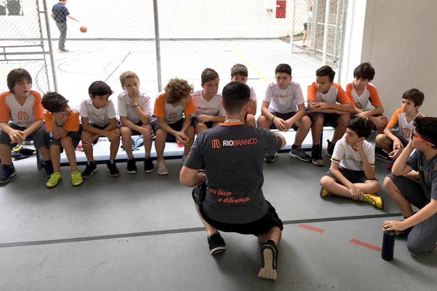 Sábado Esportivo reuniu alunos, educadores e escolas convidadas