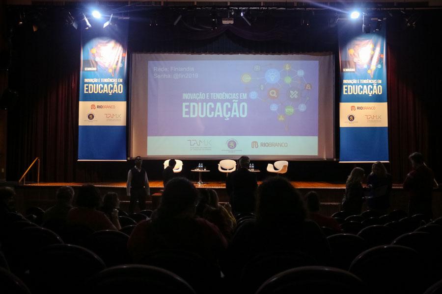 Seminário Seminário Inovação e Tendências em Educação