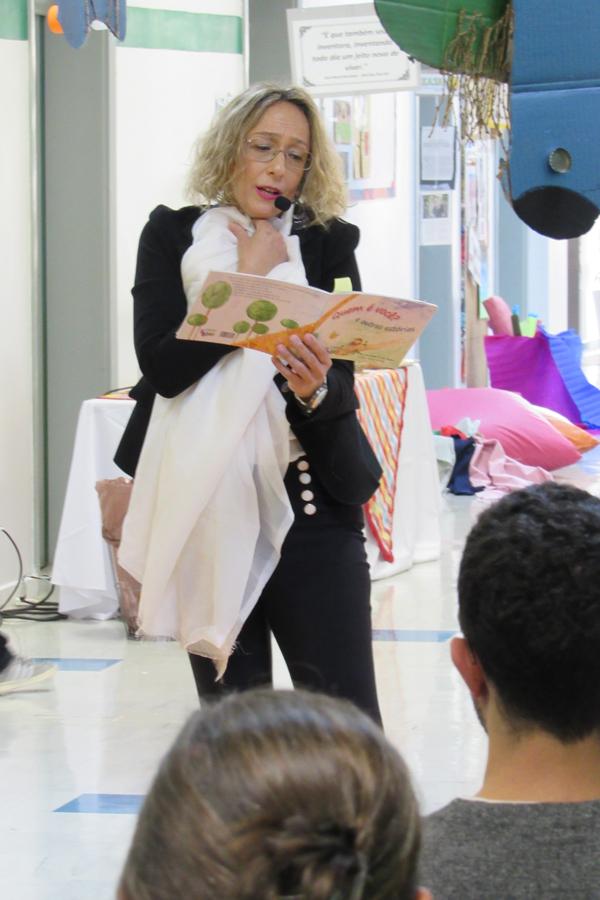 Era uma vez: pais e mães vivenciam o universo da literatura infantil