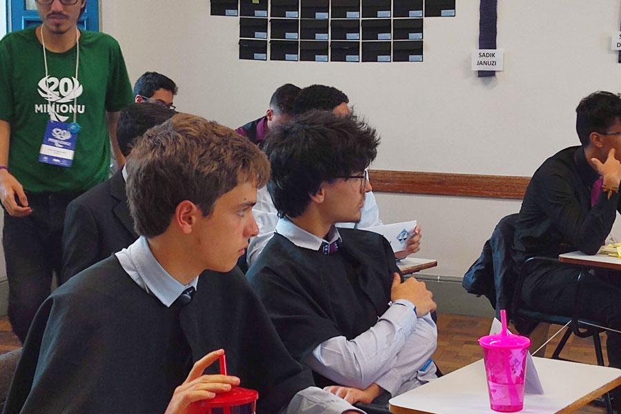 Riobranquinos marcam presença na 20ª edição da MiniONU