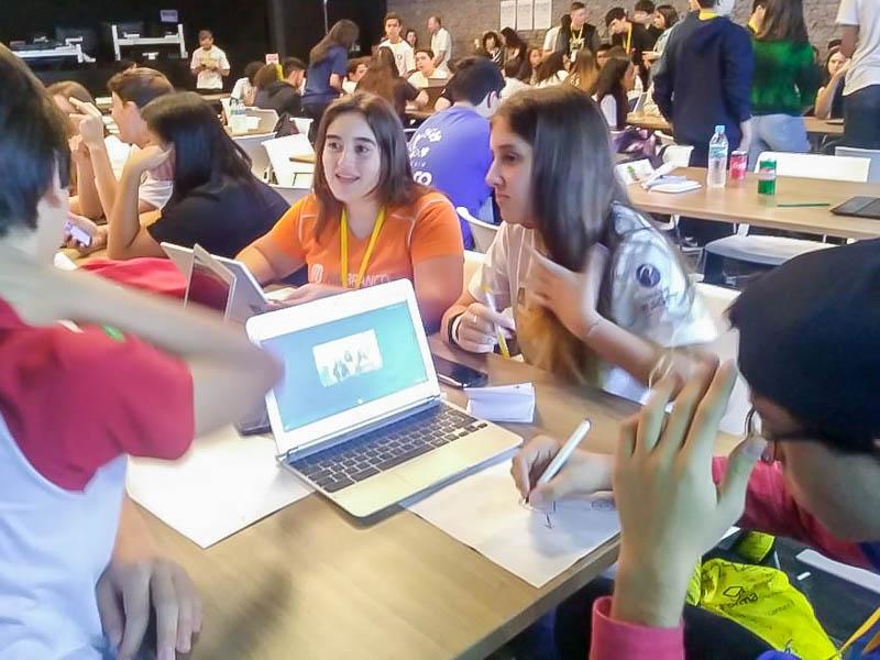 Alunos participam de programa do Google para formação de tutores