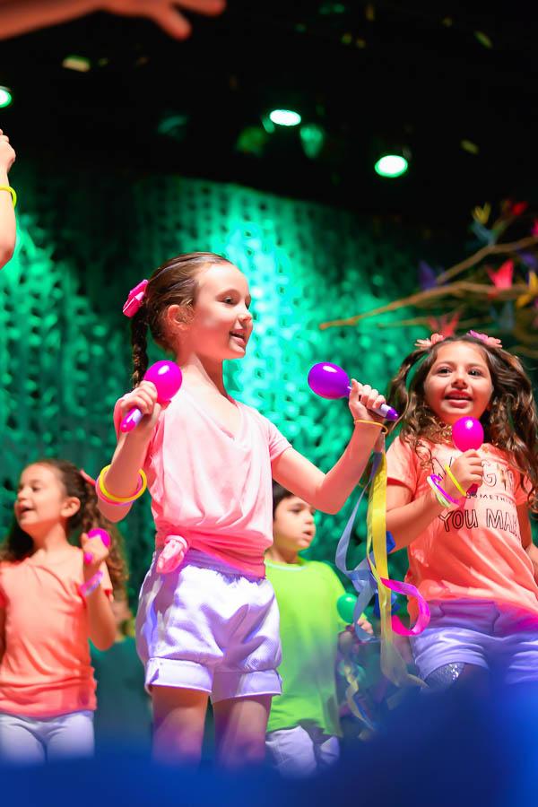 Somos todos natureza: alunos encerram o ano com o espetáculo especial